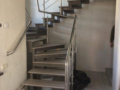Купить металлический каркас для лестницы в Минске